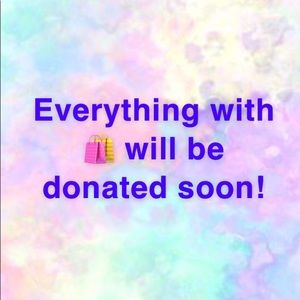 Everything with 🛍 will be donated soon!